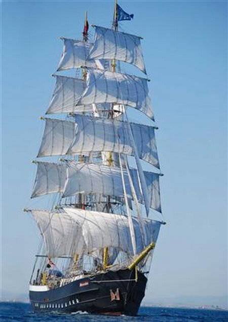 Mercedes-tall-ship2-copy